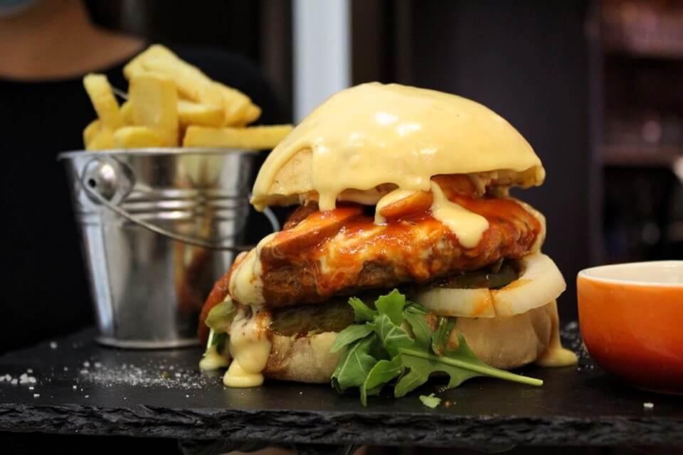 E 10 Burger burgeri Timisoara